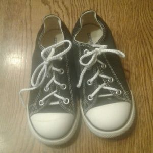 Baby/ kid's Converse shoes 10 $ 12.00 # 1343